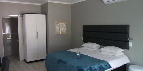 Out of Africa Guest House, Otjiwarongo