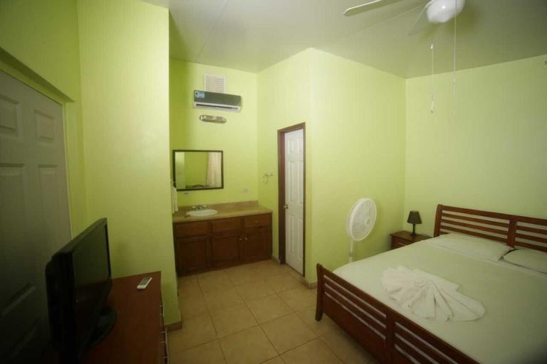 Arawak Hotel, Léogâne
