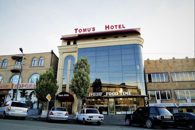 Tomu's Hotel,