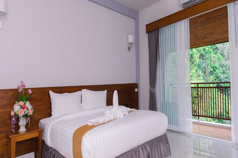Royal Hill Satun Hotel, Langu