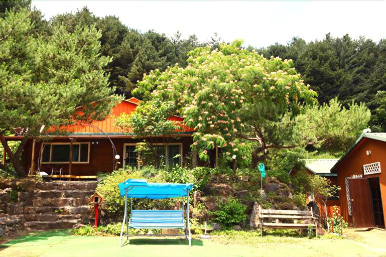 Blue Sky Pension, Pocheon