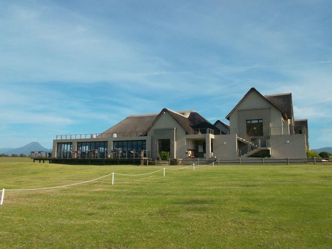 Fynbos Golf & Country Estate, Cacadu