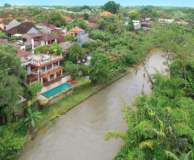 Little Ubud River View Villa, Denpasar