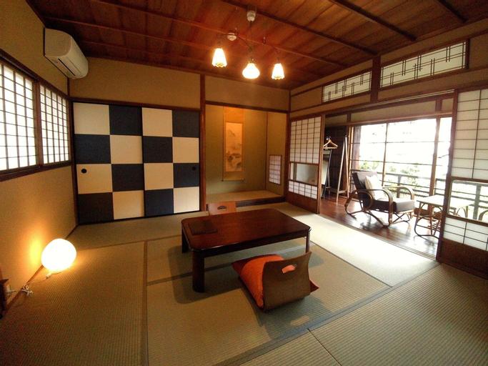 JOGA KEBO, Gujō