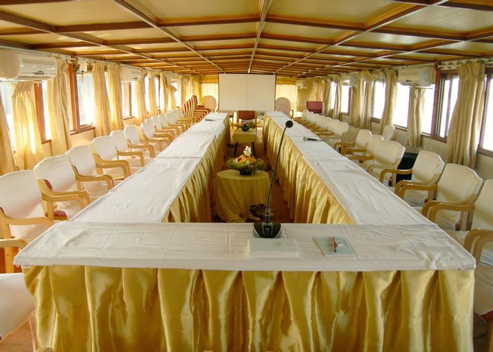 Pulickattil Houseboats, Alappuzha