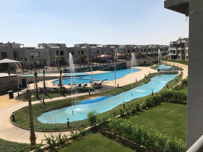 Ein Bay Appartment, 'Ataqah