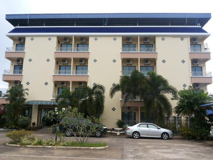 Ritzy House Hotel, Muang Chumphon