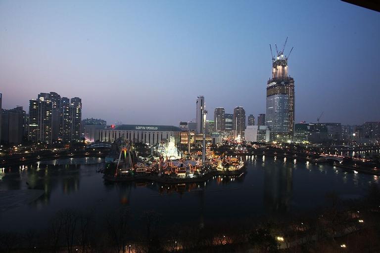 Hotel Lake, Gwang-jin