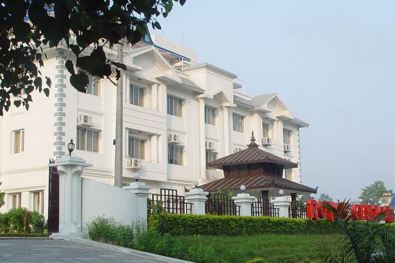 Hotel Royal Century, Narayani