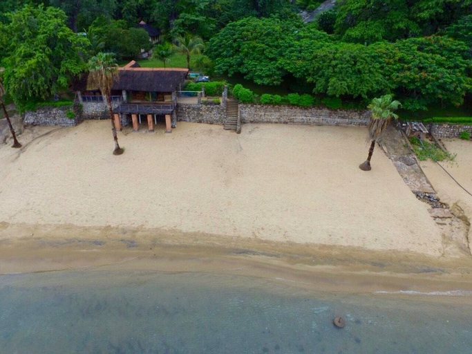 Nkhudzi Beach Lodge, Lake Malawi