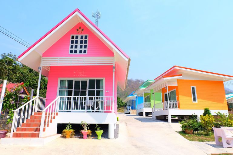 Baan Waraporn Resort, Si Sawat