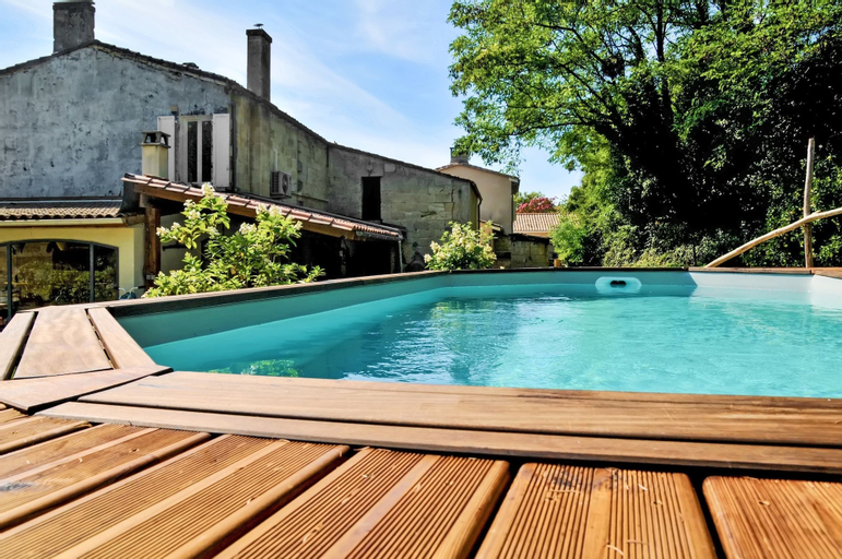 House With 3 Bedrooms in Bayon-sur-gironde, With Pool Access, Enclosed, Gironde
