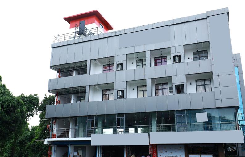 OYO 6725 Palm Inn, Ernakulam