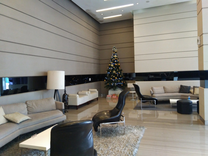 St Moritz Royal Tower by Loyagami, West Jakarta