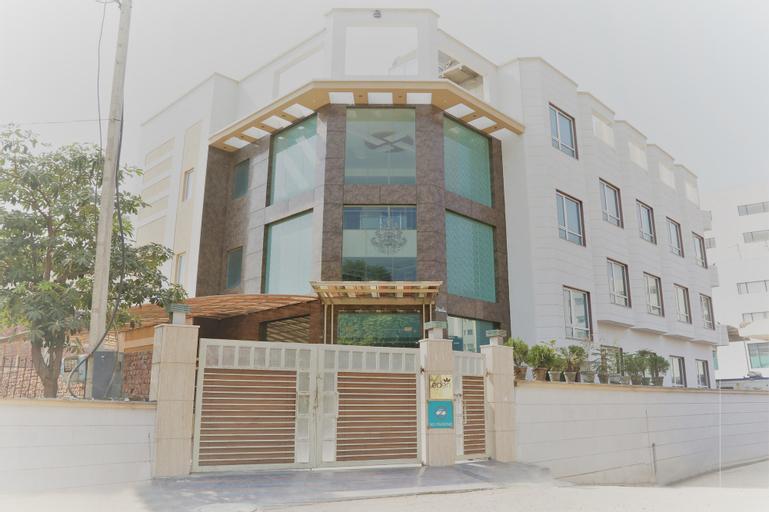Qcent Gurgaon by Pacific Inn, Gurgaon