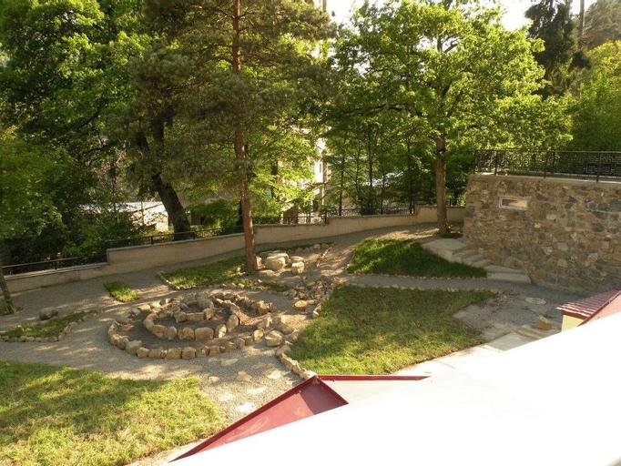 EcoRest Likani Palace, Borjomi