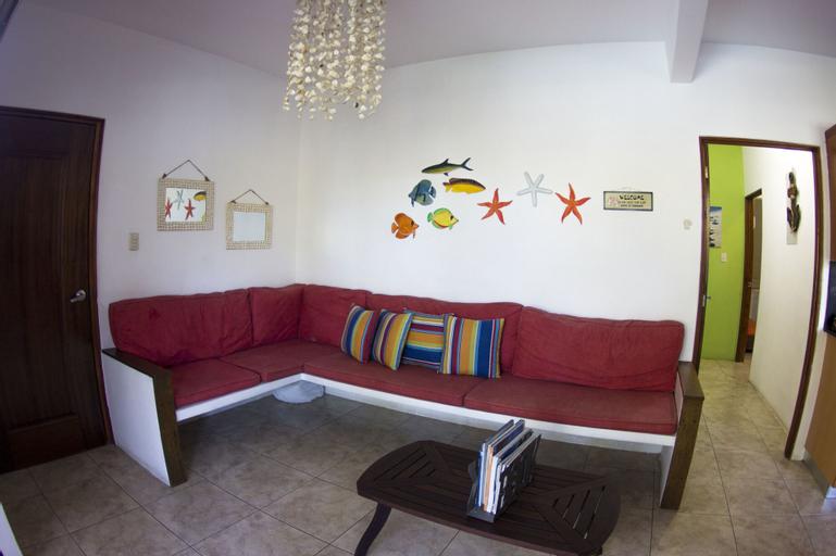 Luxury Villas Monterrico, Taxisco