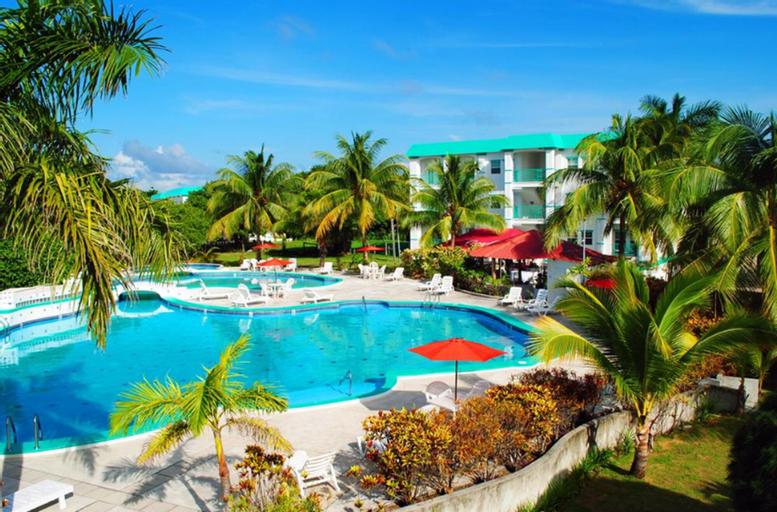 Grand Baymen Resort,