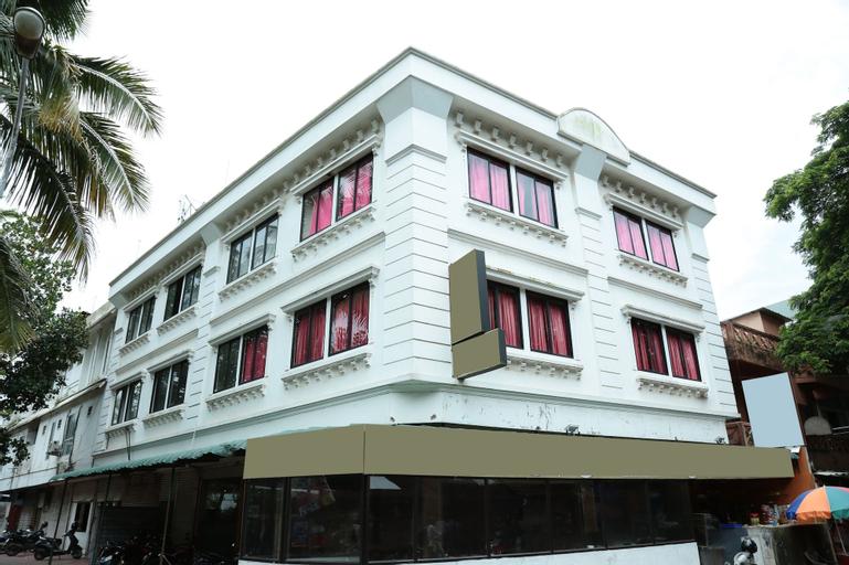 OYO 9310 Hotel Viceroy, Ernakulam
