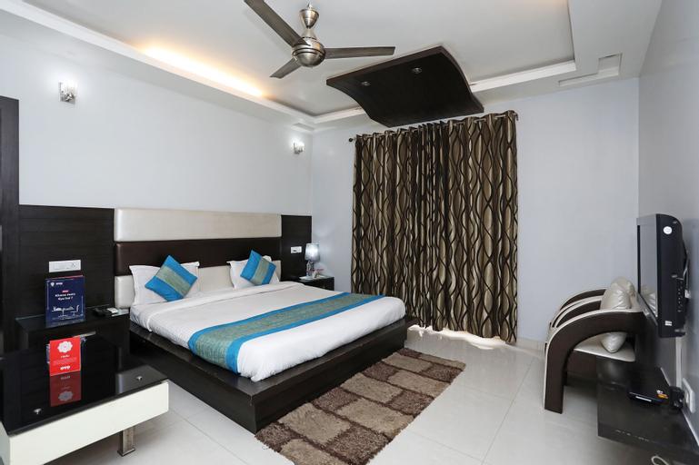 OYO 11403 Hotel Daffodils, Gurgaon