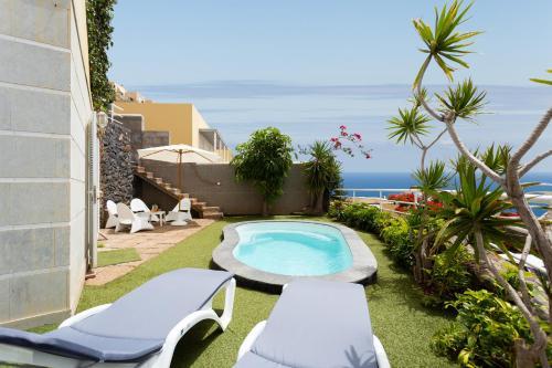 Duplex Acoran with pool and sea view, Santa Cruz de Tenerife