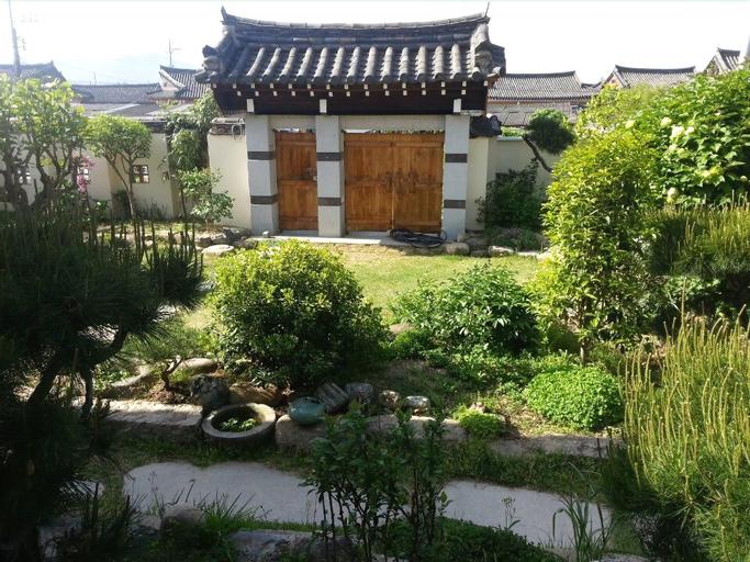 Guest House GODO - Hostel, Gyeongju