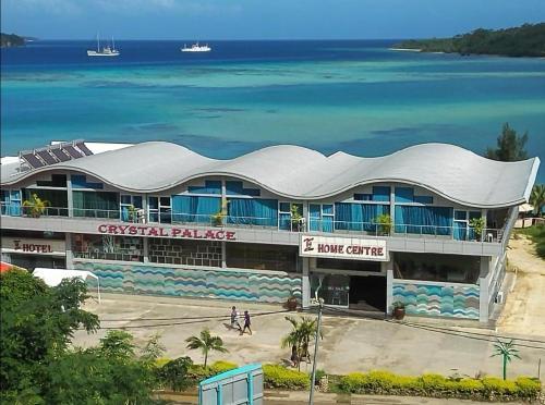 CRYSTAL PALACE, Port Vila