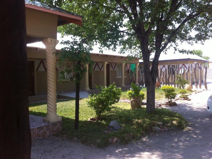 Gomwe Guest Inn, Tutume