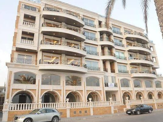 Palazzo Furnished Apartments, Sour