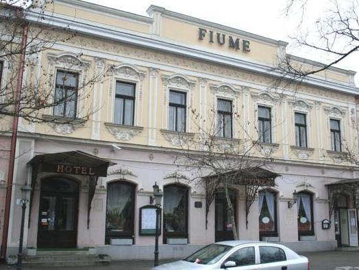 Fiume Hotel, Békéscsabai