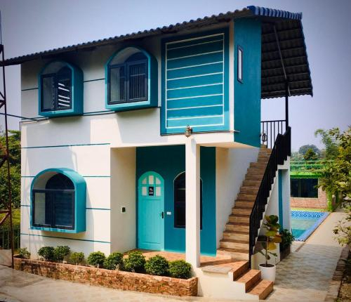 Maison De L'amour - Madela Ba Vi, Ba Vi