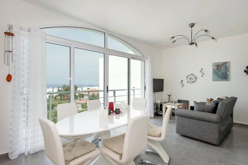 Joya Cyprus Moonlight Penthouse Apartment,