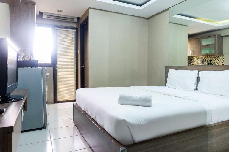 Cozy Living with Modern Design 1BR Kebagusan City Apartment By Travelio, Jakarta Selatan