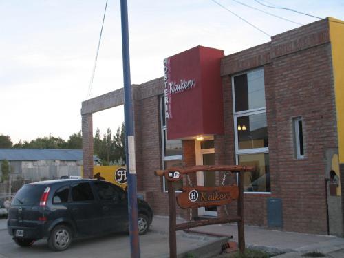 Hosteria Kaiken Gregores, Rió Chico