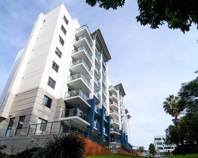 West Perth Luxury Apartment, Perth