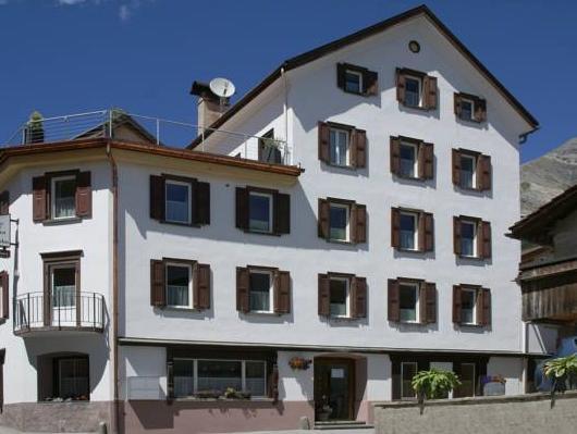 Hotel Cualmet - Alpine Garni, Albula