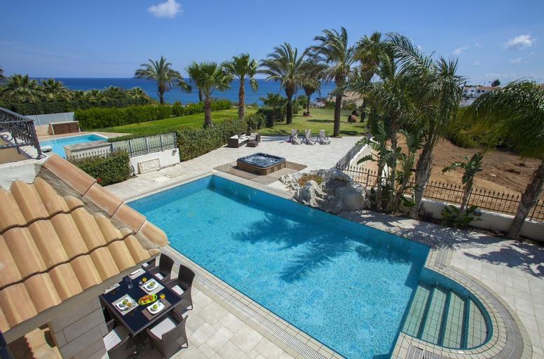 Blue Water Villas,