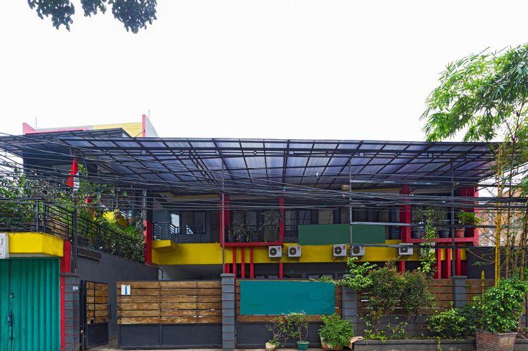 RedDoorz @ Ciracas, East Jakarta