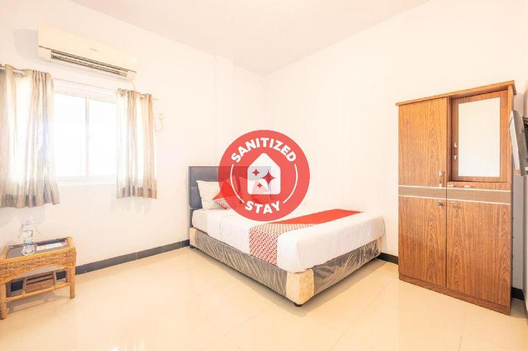 OYO 863 Tenacity Guest House Syariah, Cirebon
