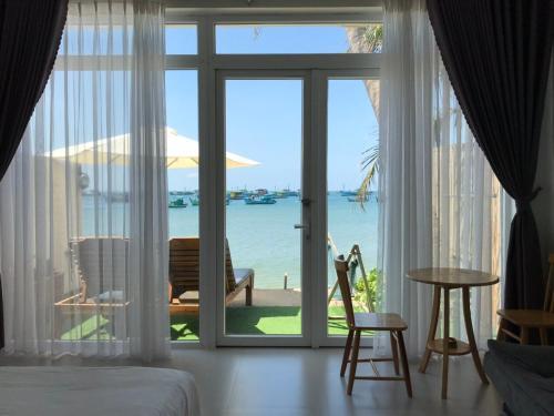 Larina Beach House, Phú Quốc