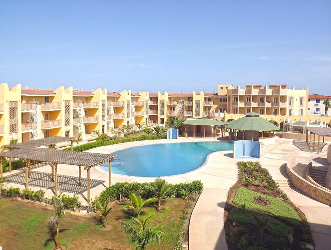 Aparthotel Tropical,