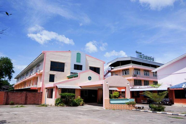 Plernpetch Hotel, Muang Surat Thani