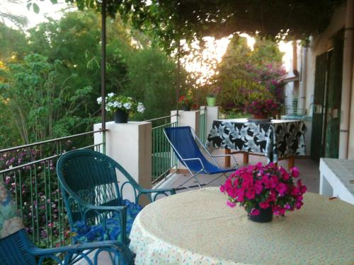 House with 2 bedrooms in Sciacca with wonderful mountain view enclosed garden and WiFi 5 km from the, Agrigento