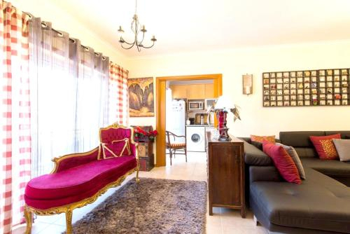 House with 3 bedrooms in Alcobaca with wonderful mountain view furnished balcony and WiFi 18 km from, Alcobaça