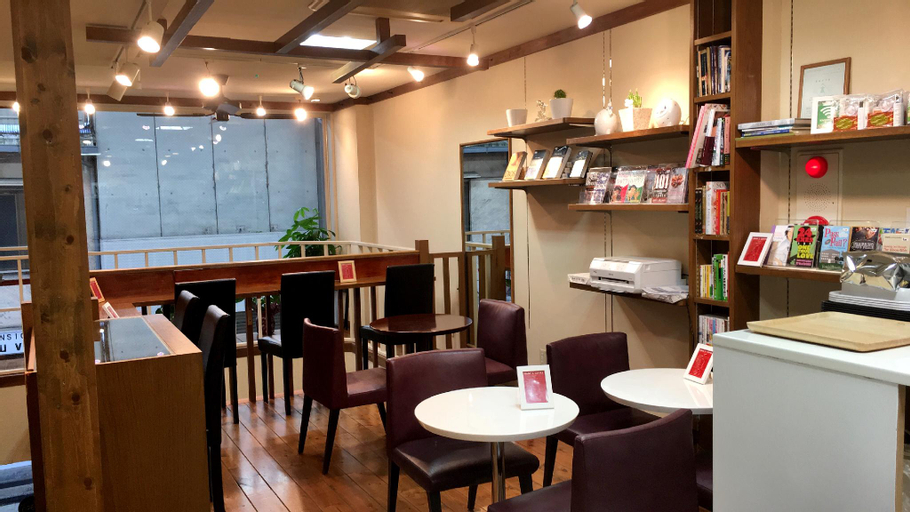 Jonah's  Hostel, Takamatsu