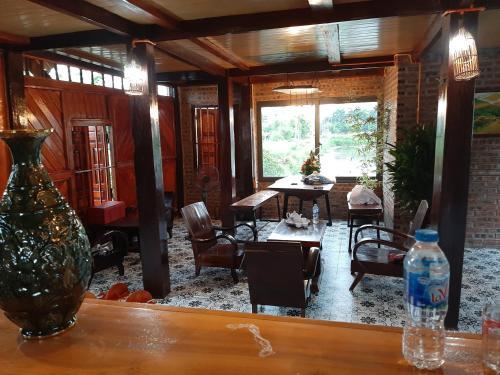 nha san Muong, stilt house homestay, Ninh Bình