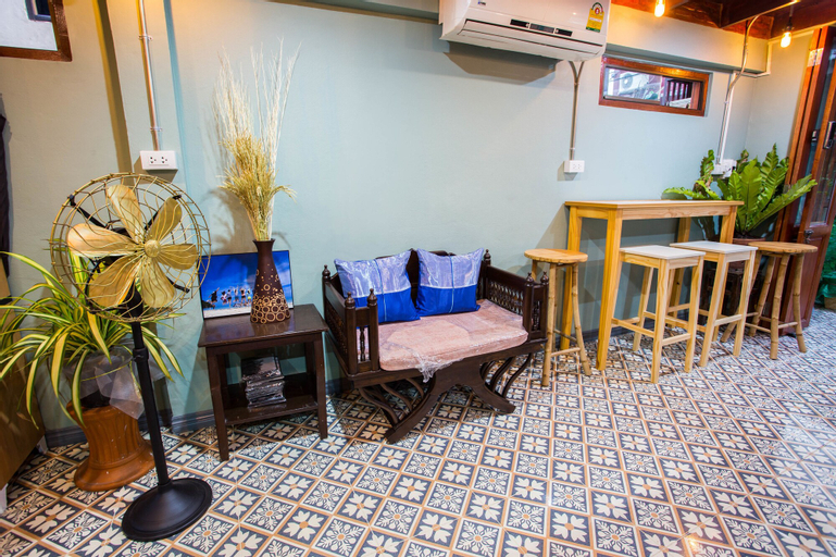 Baan Gaysorn Hostel, Khlong San