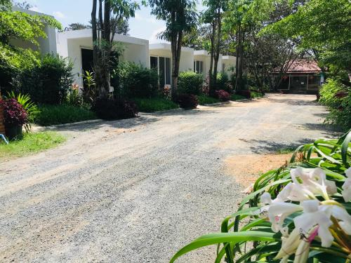 Hana Resort, Prey Nob