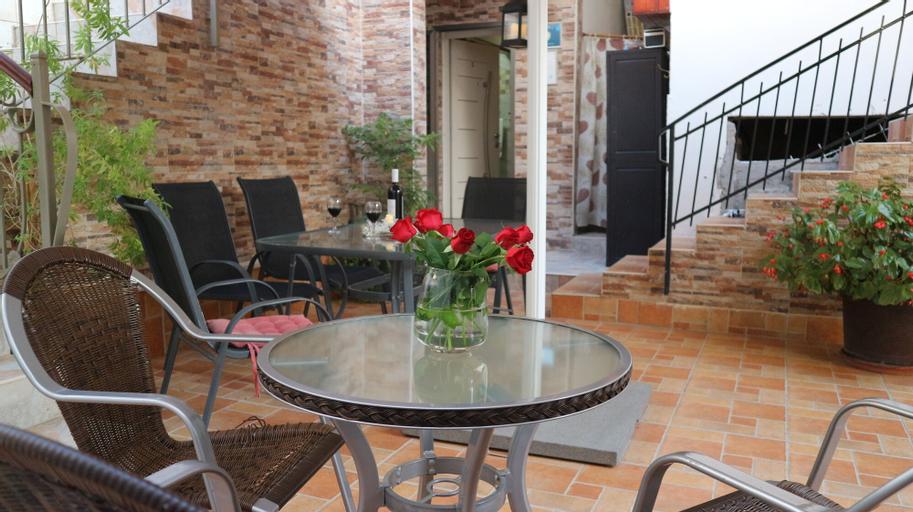 Santa Maria Guest House,
