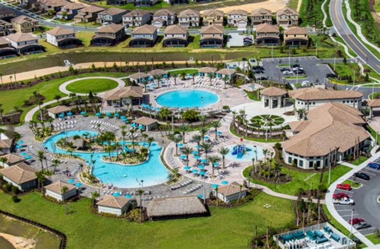 Mickey's Private Pool Villa near Disney, Osceola